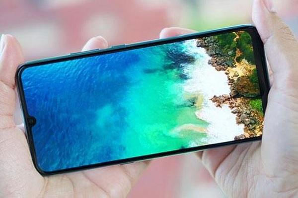 Vivo S1 sở hữu màn hình Super AMOLED