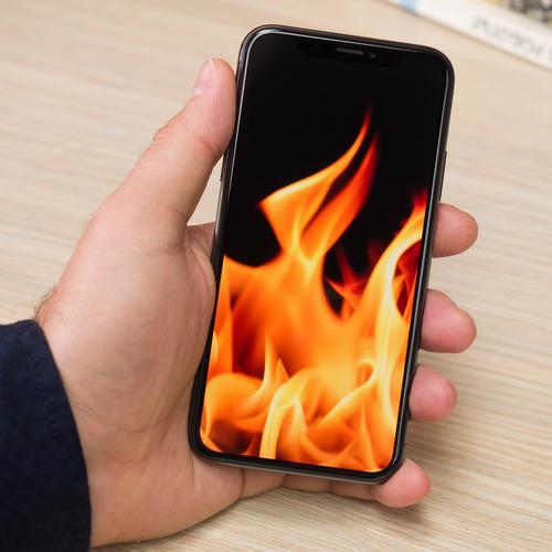 điện thoại bị nóng