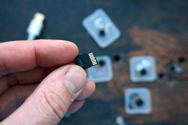 thẻ SD đầy bộ nhớ gây lag máy