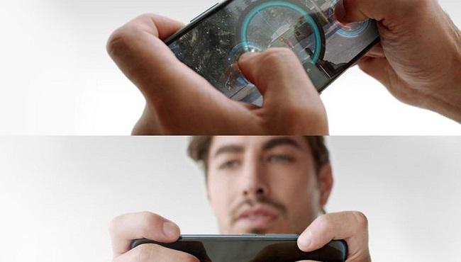 Thao tác chơi game trên vivo nex 2 màn hình 360 độ