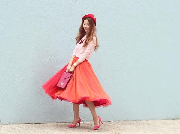 Xoay váy vô cùng điệu nghệ và đẹp mắt