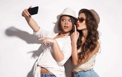 Bí quyết để có các kiểu selfie dễ thương