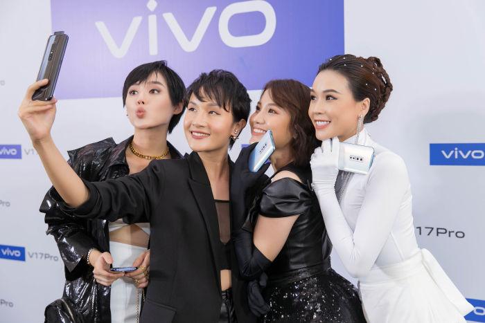 Chụp ảnh selfie trên điện thoại vivo V17 Pro