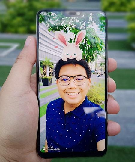 Thử nghiệm dùng AR Cute Selfie trên điện thoại selfie đẹp giá rẻ vivo V9