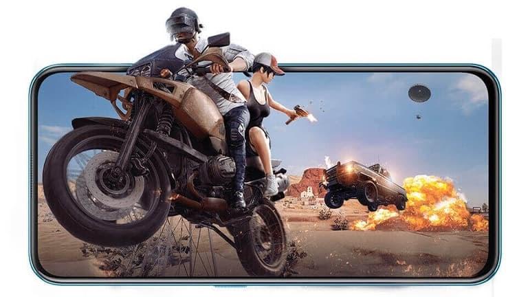 V17 Pro sở hữu chip 8 nhân, RAM 8GB mang đến trải nghiệm game cực đã